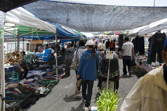 Yangyang Traditional Market