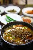 Cattle Naejangtang(Beef Tripe and Intestine Soup)