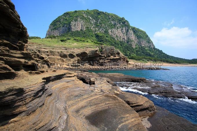Yongmeori Coast