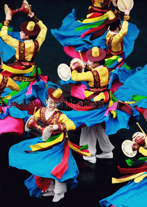 Jangguchum (Drum Dance)