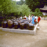 Korean Jar Stand (Jangdokdae)