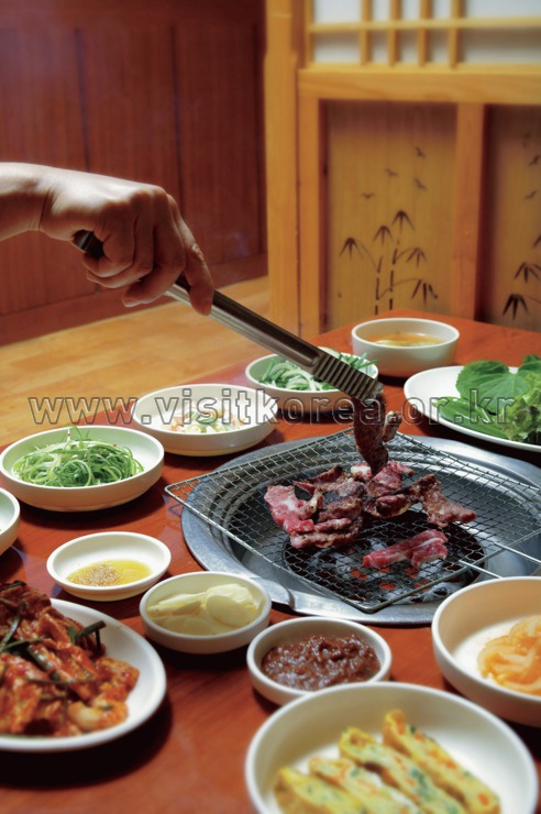 Hanu Galbissal Gui (Grilled Korean Beef Ribs),Food