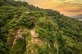 Nakhwaam Rock