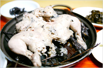 Hanbang Baeksuk (Whole Chicken Soup with Herbs)