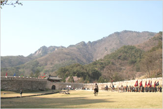 Mungyeongsaejae, the Olden Gateway to Joseon's Capital