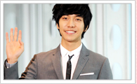 Seon U-Hwan performed by Lee Seung-Gi