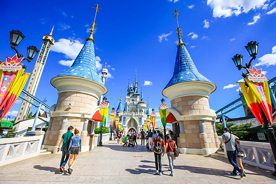 Photo:Lotte World's Magic Island