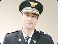 Kang Si-wan played by Lee Ju-hyeon