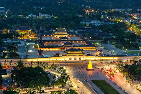 漫步於韓國宮闕夜色下,2021昌德宮月光之旅!