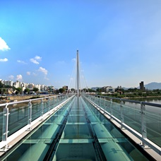 Chuncheon Soyanggang Sky Walk Opens