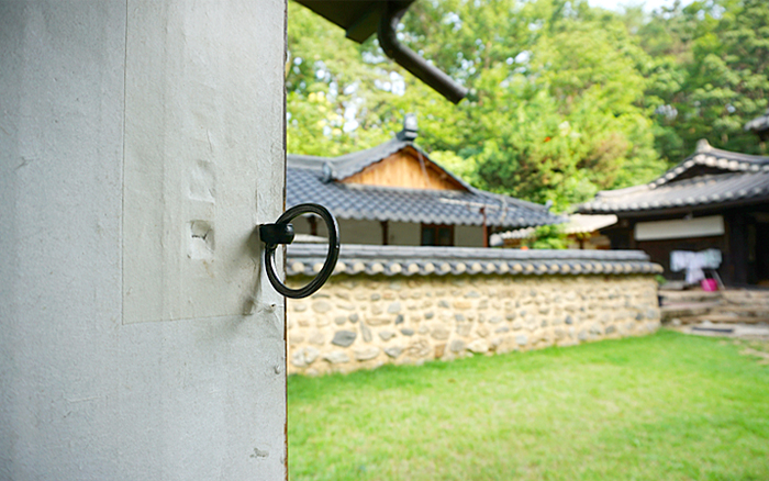 Travelling back in time to meet olden days of Korea, Andong hanok ...