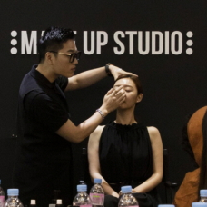 Sign Up for Hallyu Star Beauty Styling & Make-up Classes!