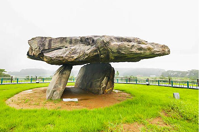 Bugeulli Jiseok dolmen, the representative dolmen in Ganghwa