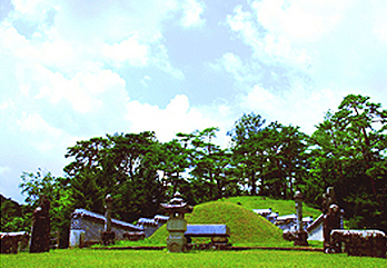 Jangneung Royal Tomb in Yeongwol