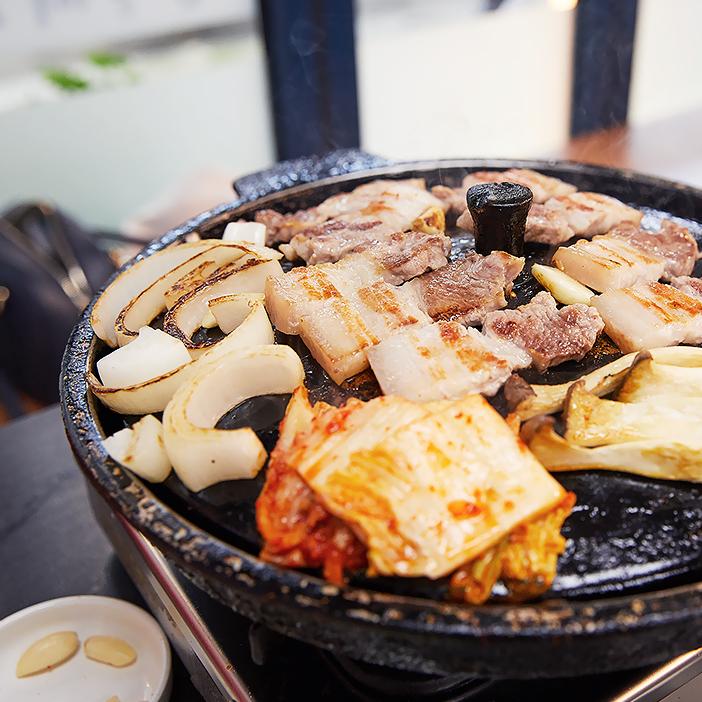 Самгёпсаль и жареное кимчхи – фантастическое сочетание вкусов
