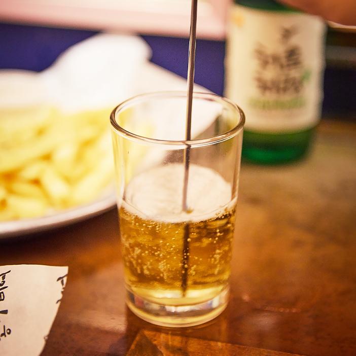 Коктейль из сочжу и пива «сомэк»