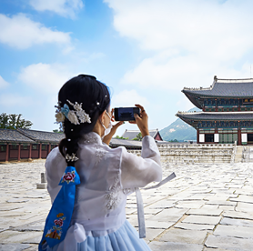 Enter a palace for FREE when wearing hanbok – Don't forget to take a picture
