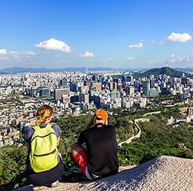 ソウル近郊の山、てっぺんまでハイキング
