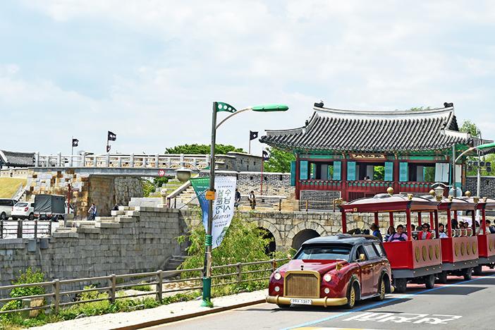 Всемирное наследие ЮНЕСКО – крепость Хвасон в Сувоне_image02