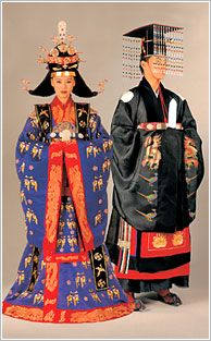 王と王妃の礼服