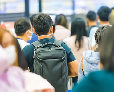 全外国人入国者にPCR検査陰性確認書提出義務化