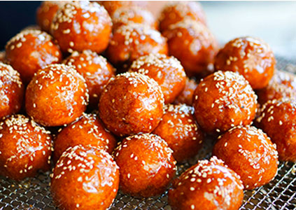 Свежеприготовленные медовые булочки ккульппан