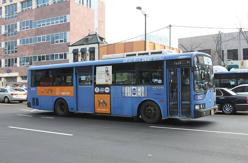 Городской автобус в Сеуле