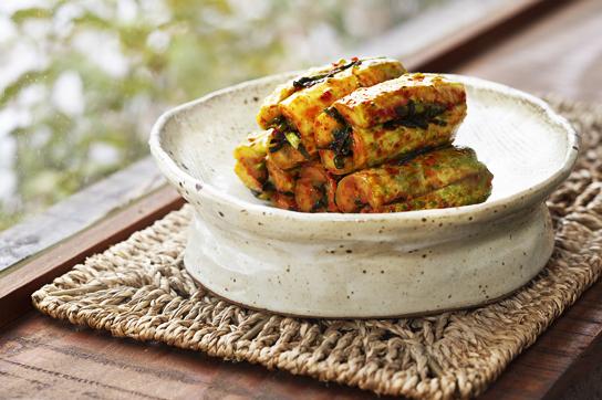 Ои собаги (Oi-so-bagi : Cucumber Kimchi)