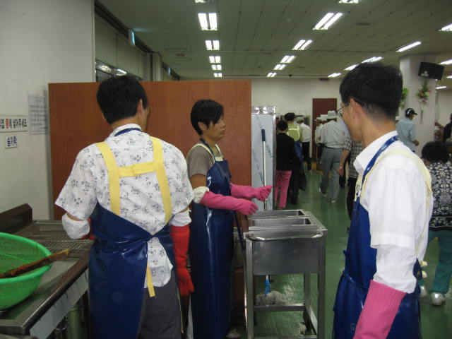 봉사활동자들의 모습