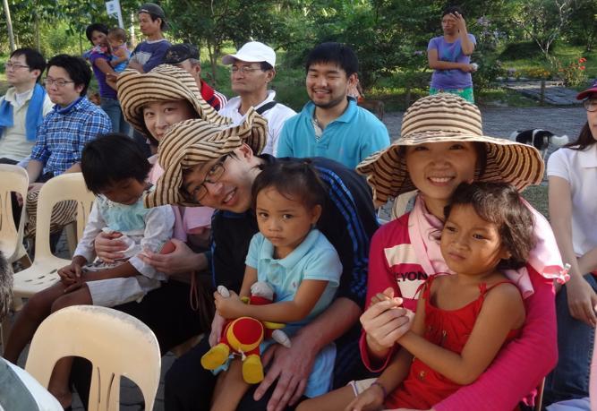 한센인 어린이들과 함께한 KTO봉사팀원들