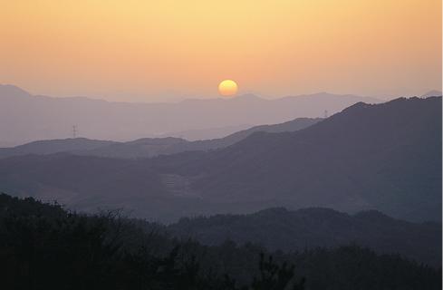 농촌체험을 하고 있는관광객/사진출처:외민속마을 공식홈페이지