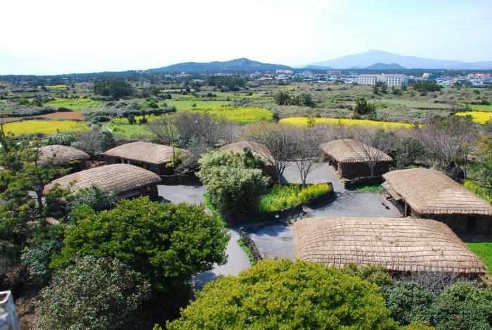 Kết quả hình ảnh cho Jeju Folk Village
